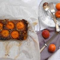 Apricot, pistachio & orange blossom cake loaf