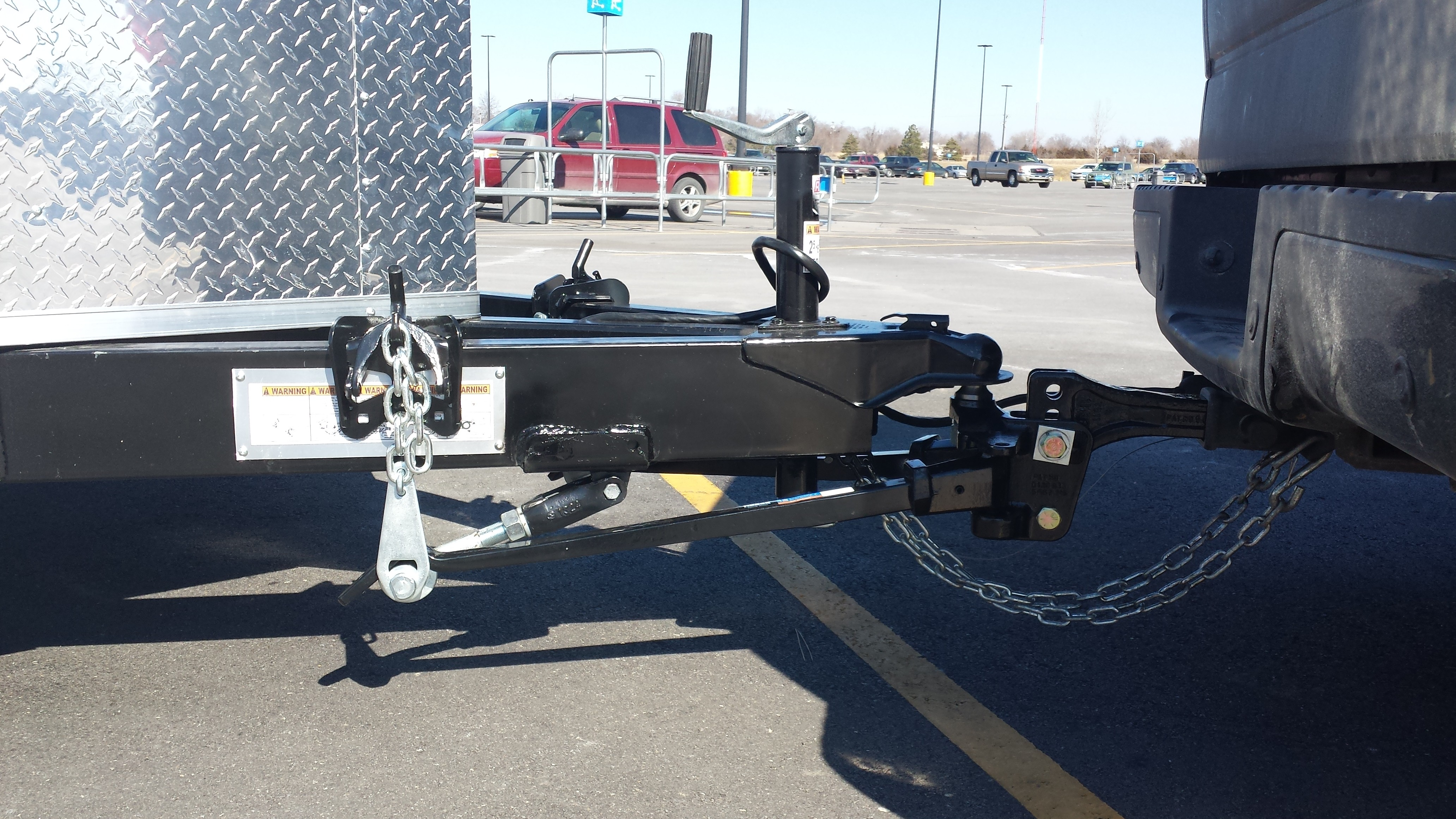 best weight distribution hitch for lifted truck