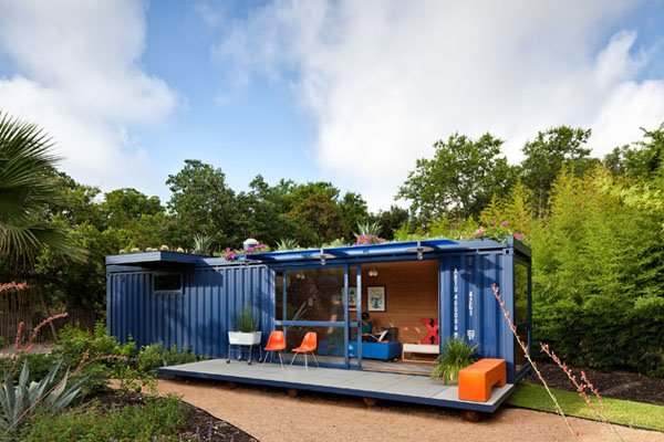 blue container home