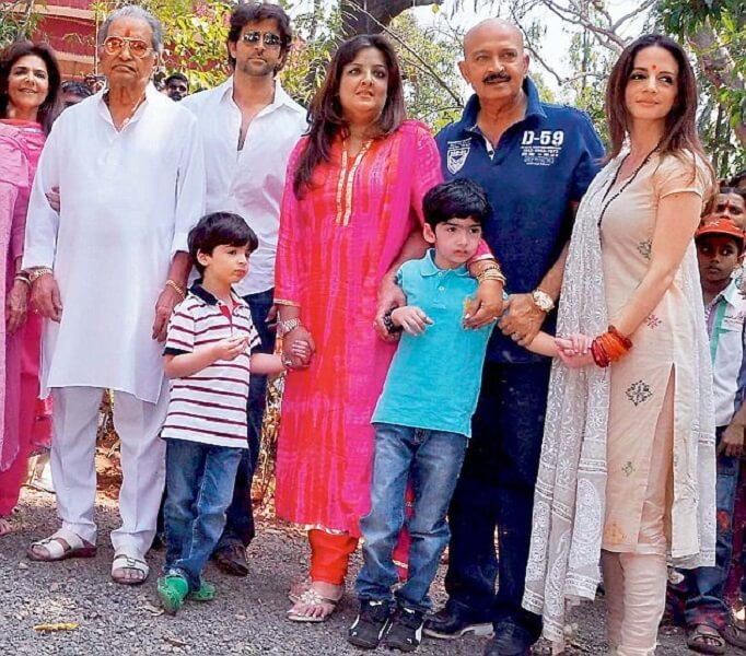 hrithik with family