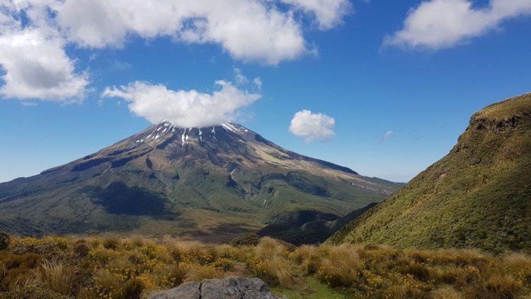 Mount Taranaki Pouakai hut