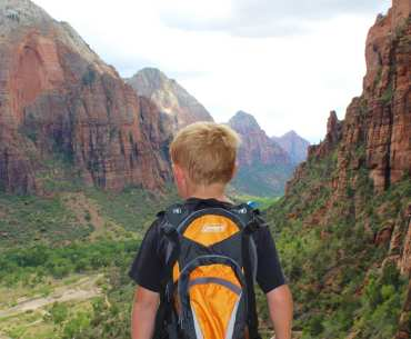 Angels Landing, Zion National Park, Utah with kids