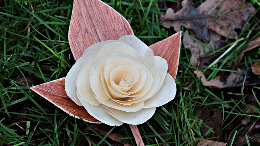 Stephens 8x6 Workshop wooden flower of love