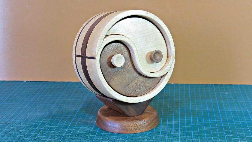 Stephens 8x6 Workshop yin yang bandsaw box