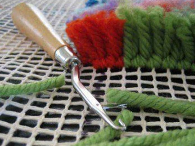 Latch hooking kits featured