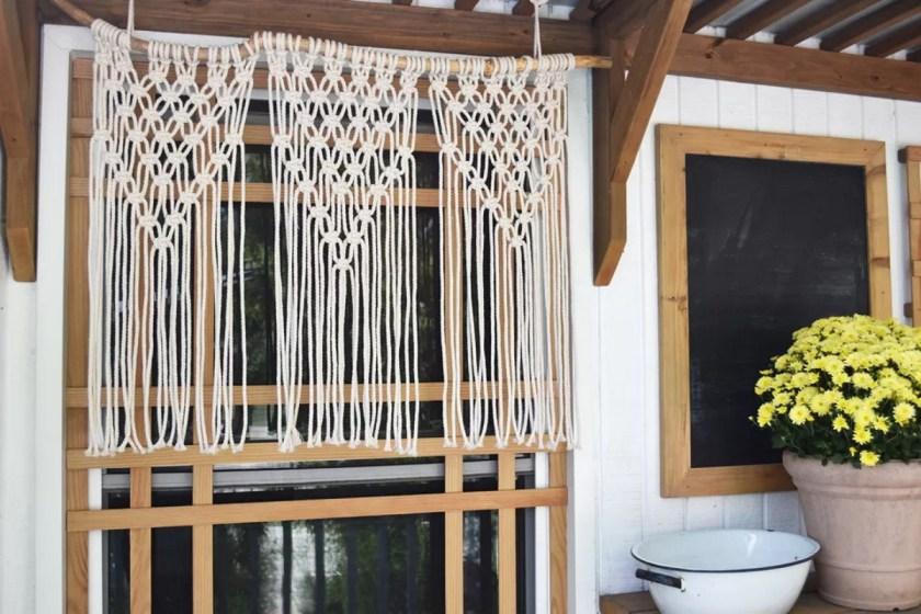 Spruce Crafts macrame curtain