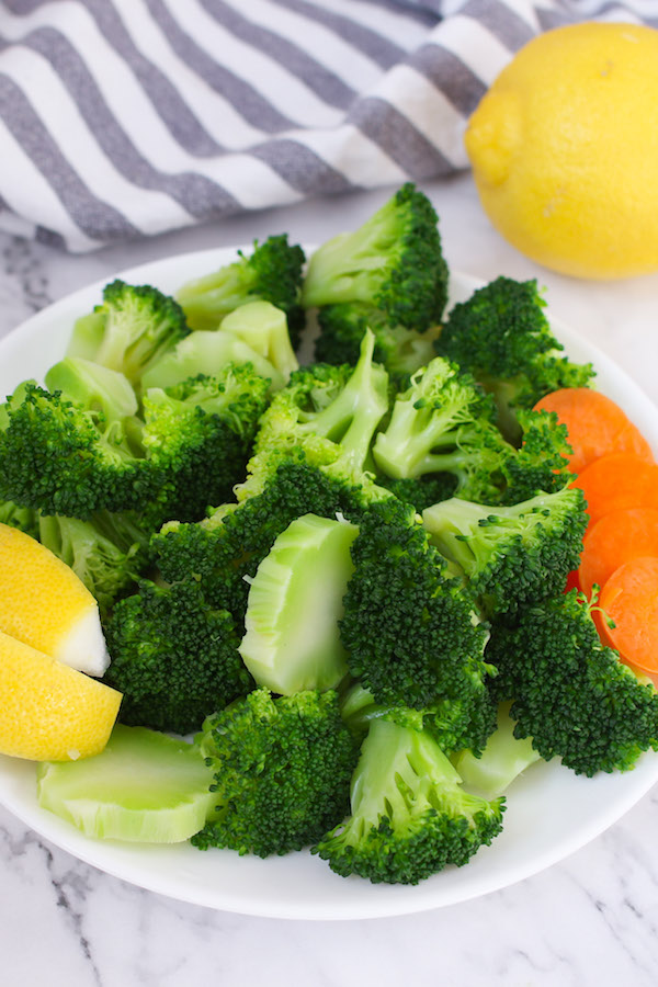 An easy and healthy side dish is just minutes away. Boiling broccoli is one of my favorite ways to cook raw broccoli as it gives broccoli a more crisp-tender texture and fully brings out the flavor.