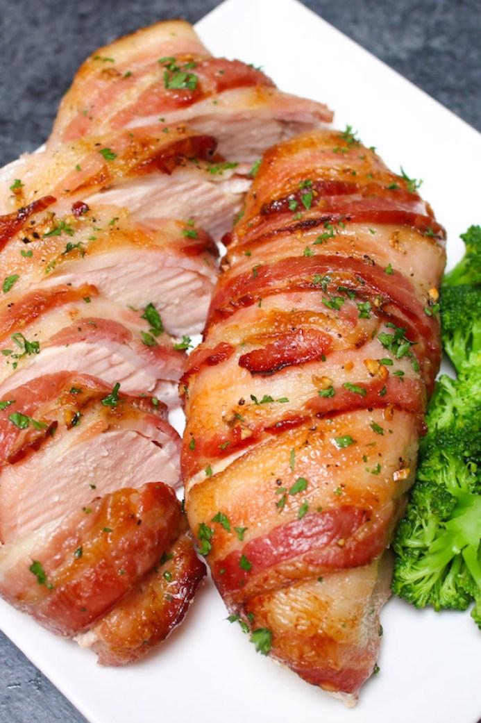 Slow cooker bacon garlic chicken breast recipe