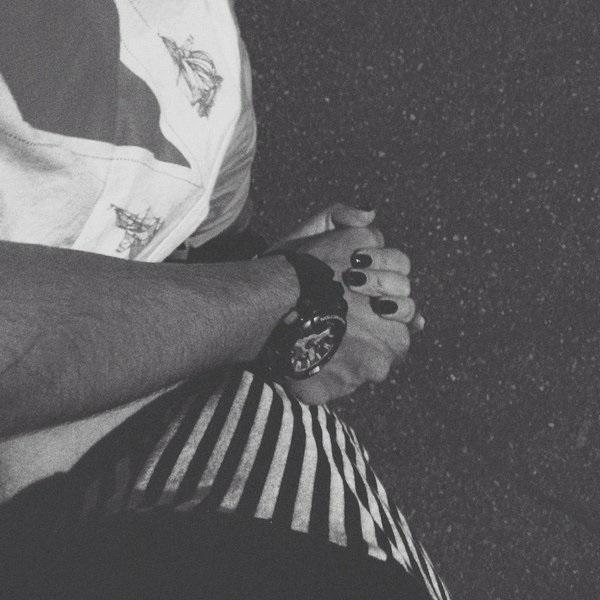 Черно-белые картинки парень и девушка