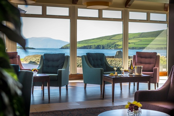 dingle-skellig-gallurus-lounge-view
