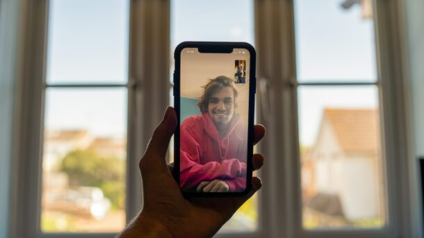 How to Enable Eye Contact for FaceTime on iPhone & iPad