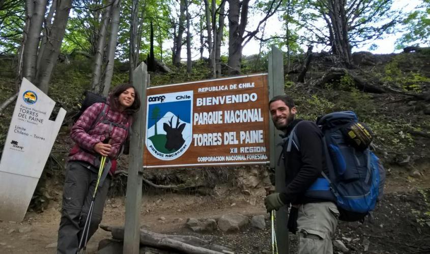 Cartello di Benvenuto al Parco Nazionale Torres del Paine Cile