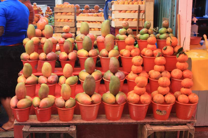 mercato-di-san-juan-chamula-chiapas-messico-mango
