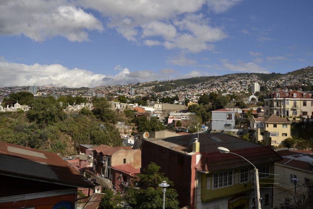 Vista da uno dei tanti cerros di Valparaiso in Cile
