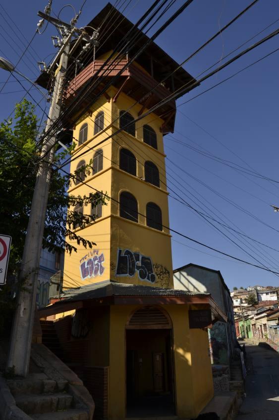 L'ascensore Polanco di Valparaiso in Cile