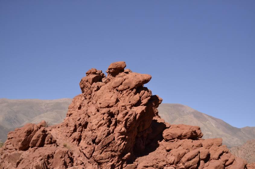 Roccia a forma di volto umano nella Quebrada de las Señoritas vicino Tilcara in Argentina