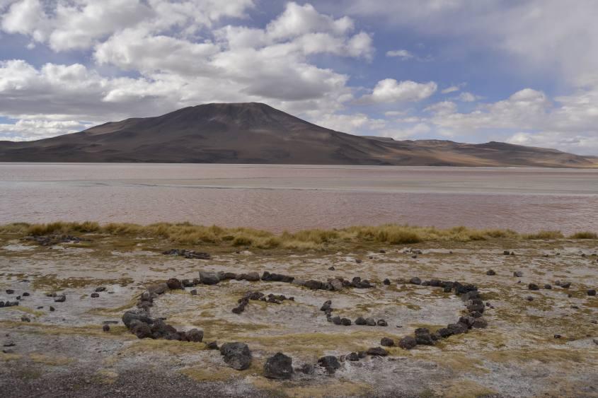 Panorama Laguna Colorada durante il tour al Salar di Uyuni in Bolivia