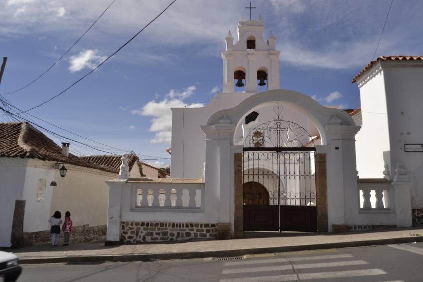 Chiesa bianca a Sucre in Bolivia