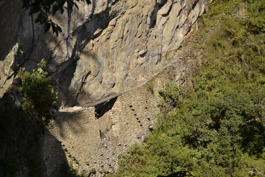 Ponte Inca all'interno di Machu Picchu in Perù