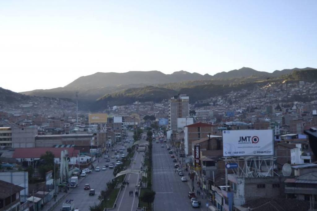 Vista Statua Inca Cusco