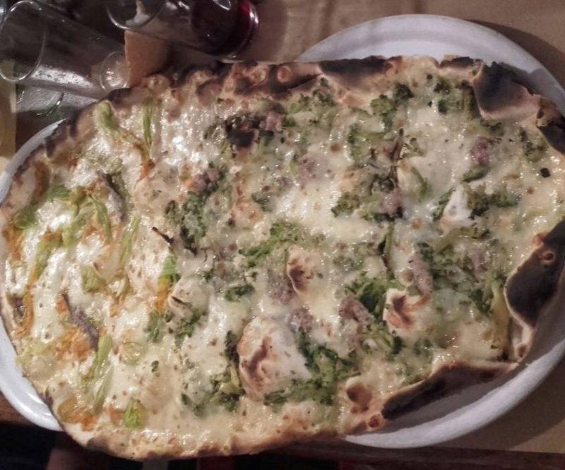 Pizza della Pizzeria Monastero di Viterbo