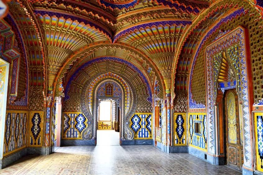 Sala dei Pavoni Castello di Sammezzano Firenze