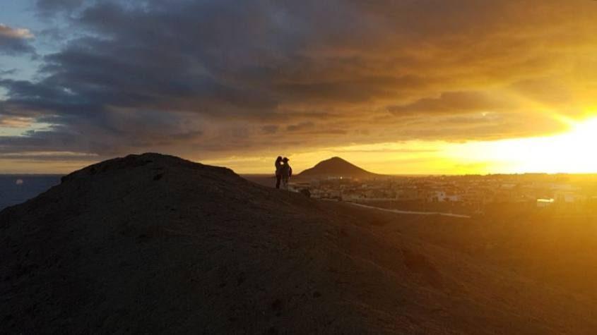 Tramonto sulla Montagna Pelada della Costa del Silenzio a Tenerife