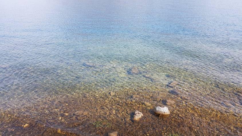 Acqua cristallina del Lago di Garda