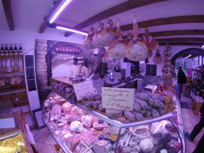 Gastronomia Caseificio Bignotti a Gargnano sul lago di Garda