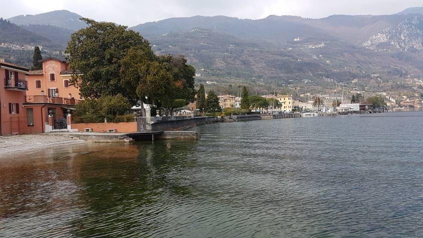 Vista dal trekking sul lago di Garda da San Felice a Gargnano
