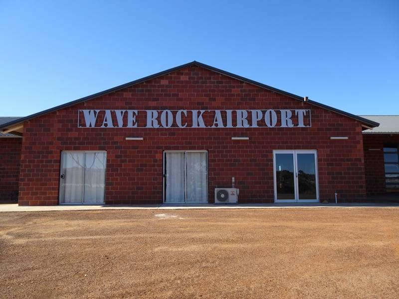 Entrata aeroporto di Wave Rock