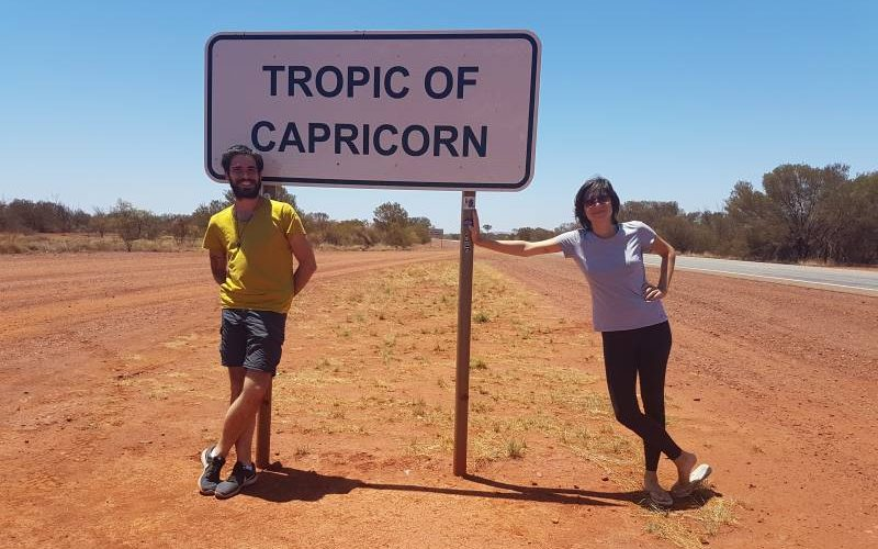 Cartello del Tropico del Capricorno sulla Great Northern Highway verso Karijini