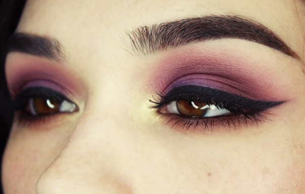 purple eye shadow color