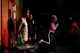 Applausabstimmung beim Topical Island Poetry Slam - Thema Drunk Slam am 22. Mai 2018 im Beyerhaus