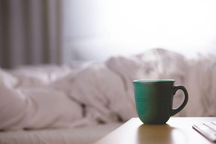 朝日とコーヒー。 朝に飲むコーヒーは美味しい。