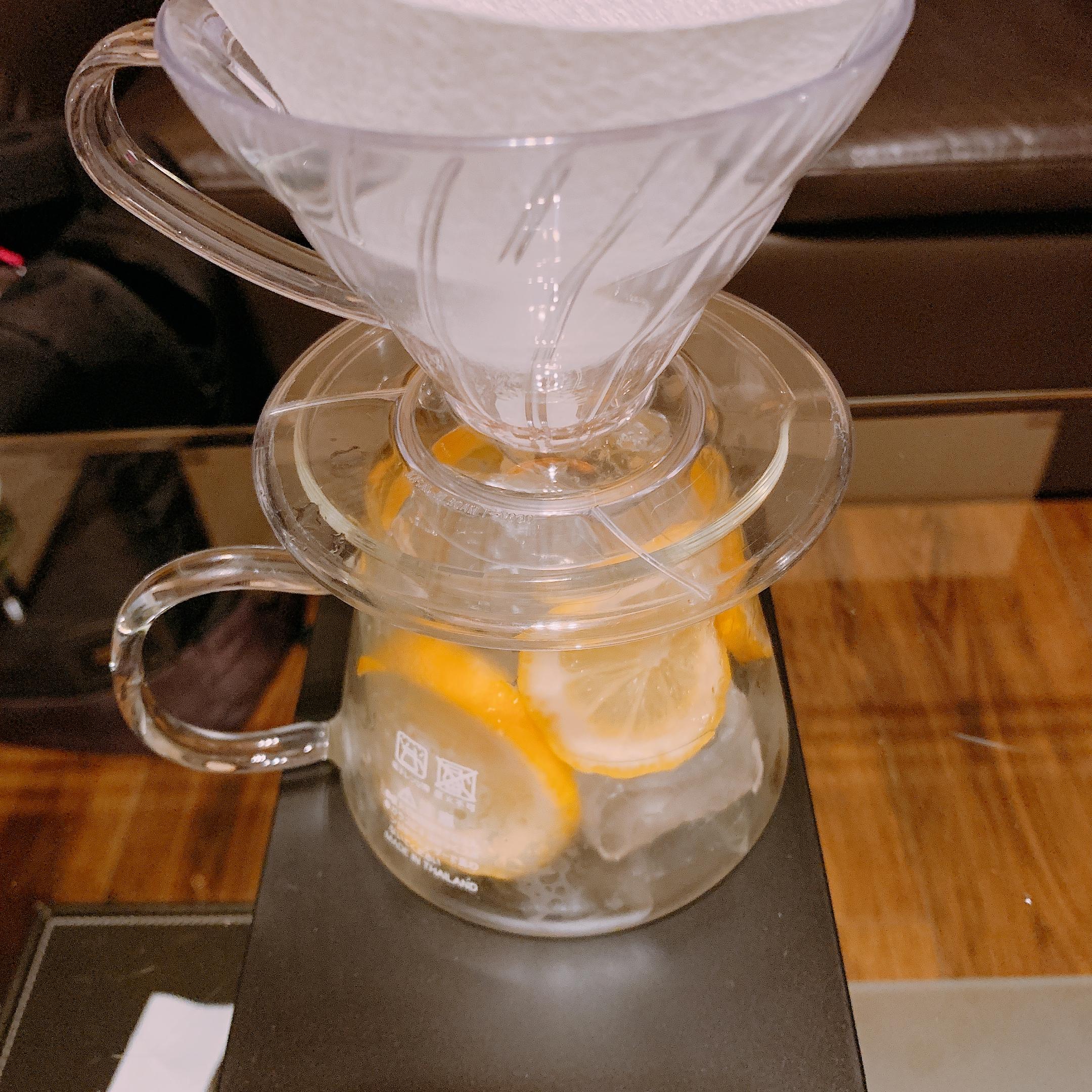 スタバ カティカティブランド アイスレモンコーヒー