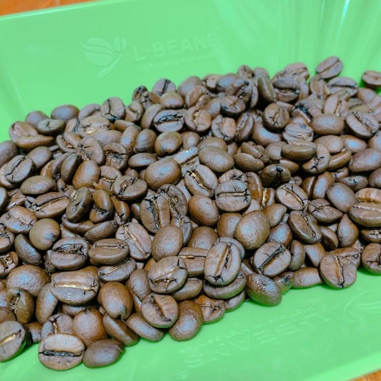 ブラジル トミオフクダ ドライオンツリー コーヒー豆の写真
