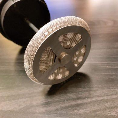 ボダム フレンチプレス 金属フィルターの部分の写真
