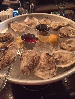 tipsypinup oysters at fraunces