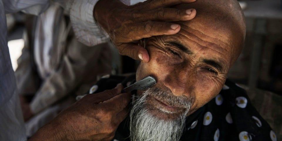 لماذا لا يحرّك العالم الإسلامي ساكنًا ضد سياسات القمع ومحو الهوية  للمسلمين في تركستان الشرقية؟ 1