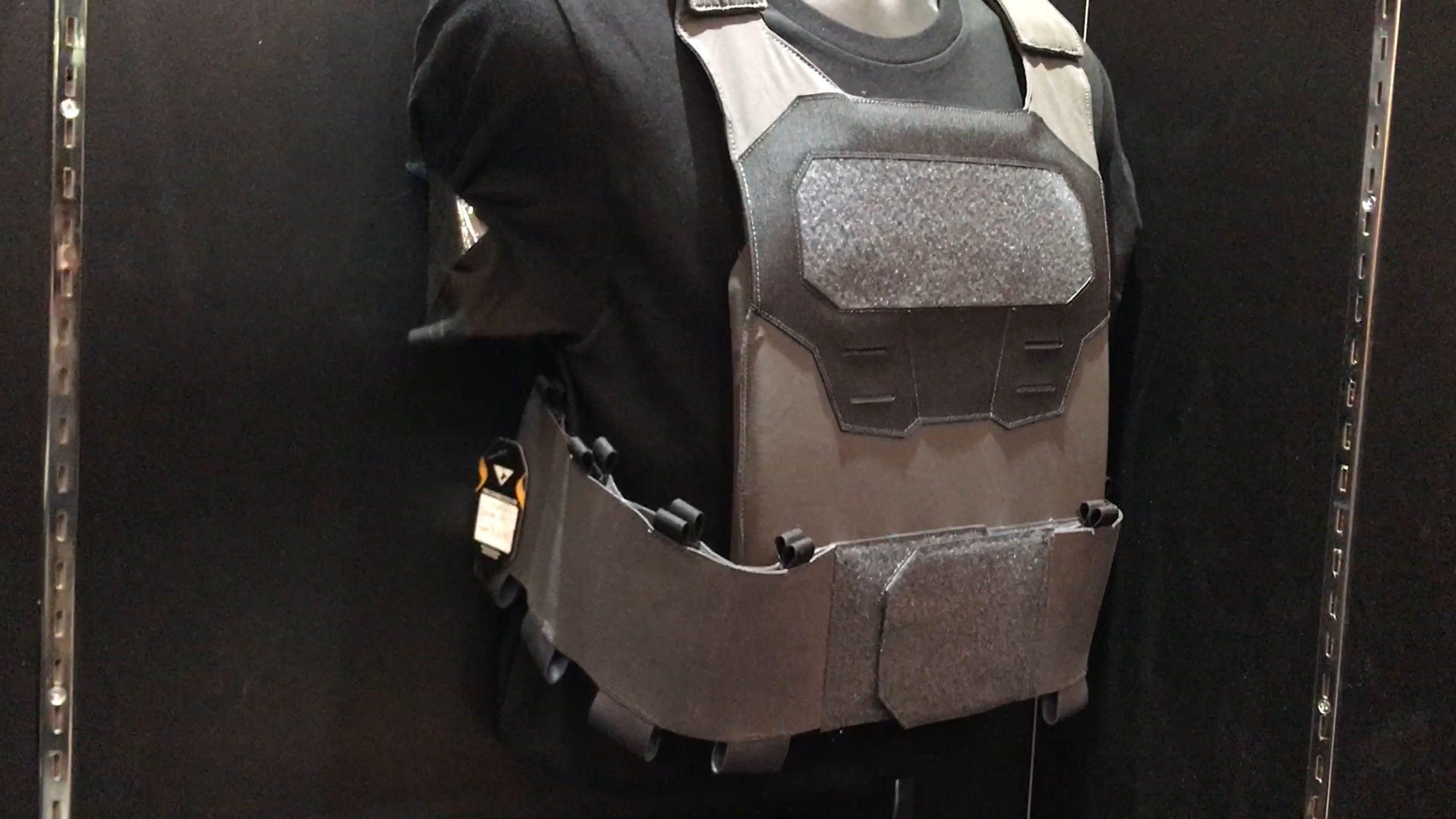Condor Elite Spectre (o Spectre) PC Ultraligero, minimalista 'Ocultable' Tactical Armor Plate Carrier / Vest (Body Armor)