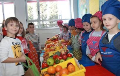 """""""Në tregun e fruta-perimeve""""  me fëmijët e kopshtit"""