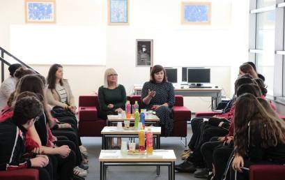 Bashkëbisedim me pedagogen e Shkencave Sociale në Universitetin e Tiranës,  Znj. Majlinda Keta