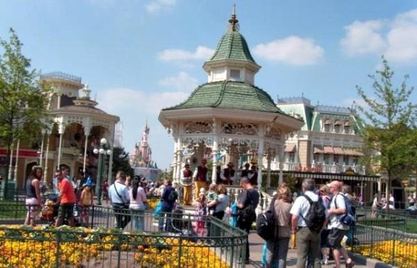 Disneyland_paris (4)