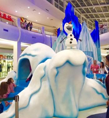 Brincadeira congelante no Shopping Mooca Plaza. Imagem do local. (Foto: Alessandra Maróstica)