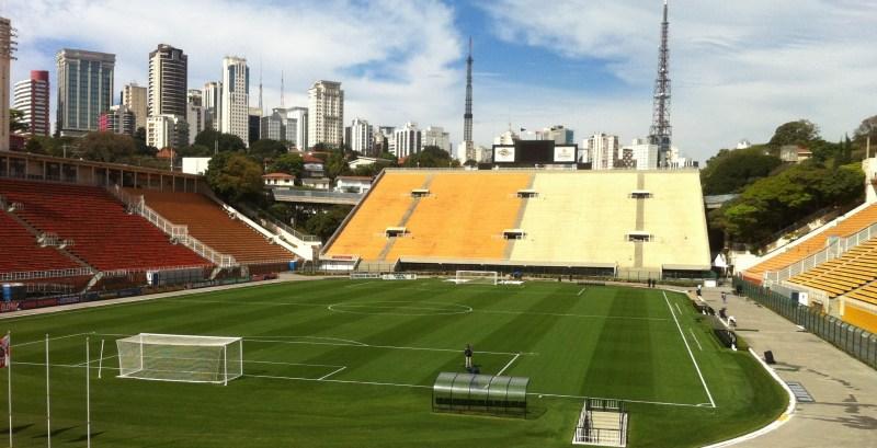 Vista do gramado do Estádio do Pacaembu. Foto: AMF / Blog Tirando Férias