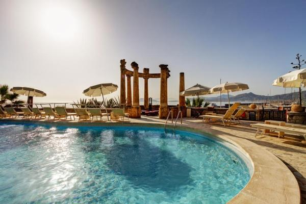 Piscina do Grand Hotel Villa Igiea Palermo - MGallery by Sofitel. Foto: Booking
