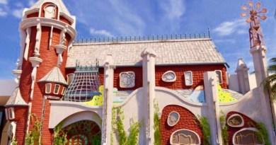 """Klift Kloft Still, a porta se abriu para a exposição """"Rá-Tim-Bum – O Castelo"""""""