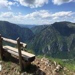 banco com vista para o tara canyon, deepest canyon in europe, montenegro, zabljak
