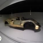 carenagem de um carro de corrida da porsche, no museu de stuttgart